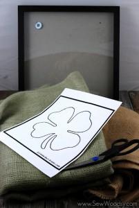 burlap framed 4 leaf clover 12