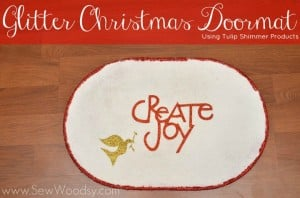 Glitter Christmas Doormat using Tulip Shimmer Products | SewWoodsy.com