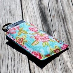 How to make an iPhone Sleeve