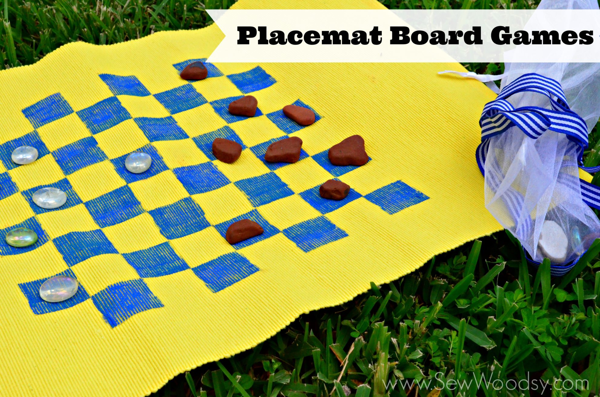 Placemat Board Games via SewWoodsy.com