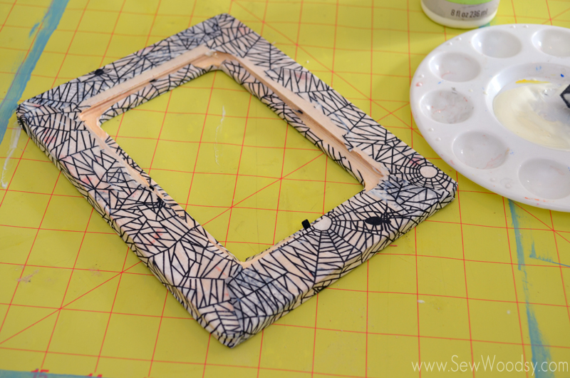 Decoupage Spider Web Picture Frame Sew Woodsy