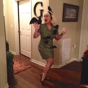Easy DIY Costume: Tippi Hedren from The Birds