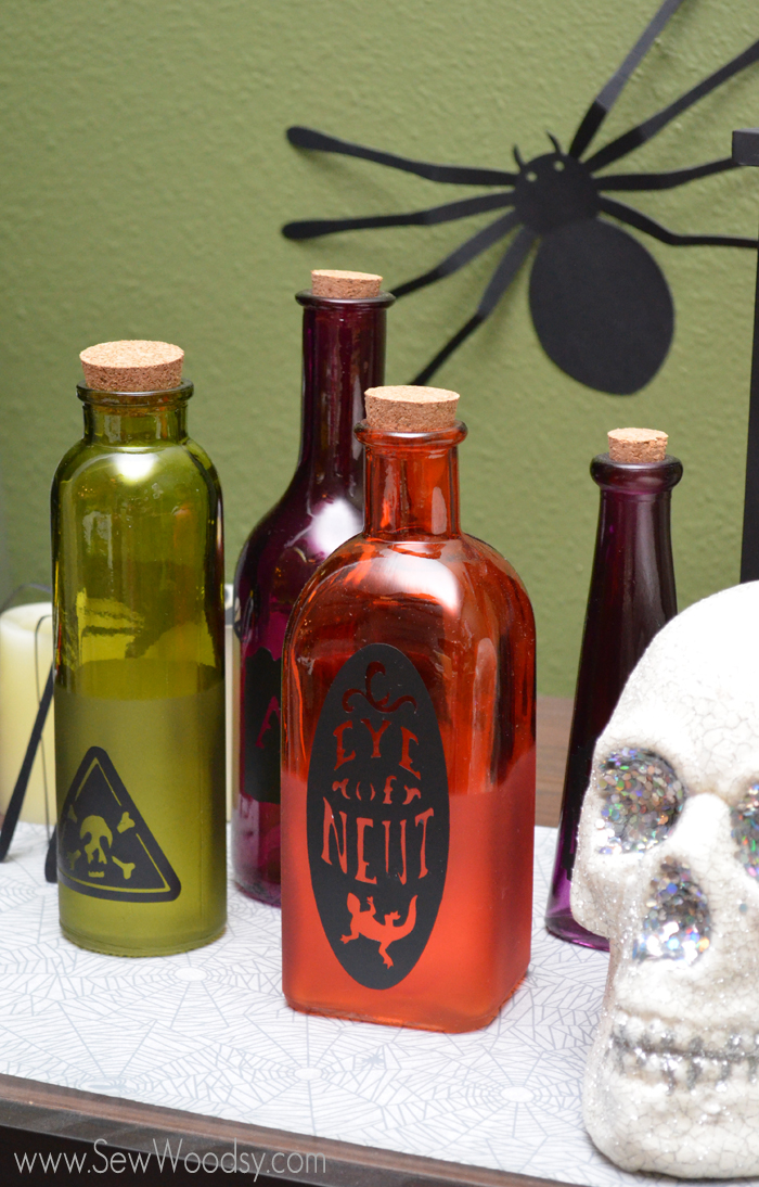 apothecary vinyl labels made using the @Cricut from SewWoodsy.com #halloween #craft #diy