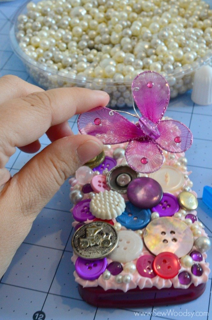 Decoden Button Phone Case with Mod Podge Collage Clay 8