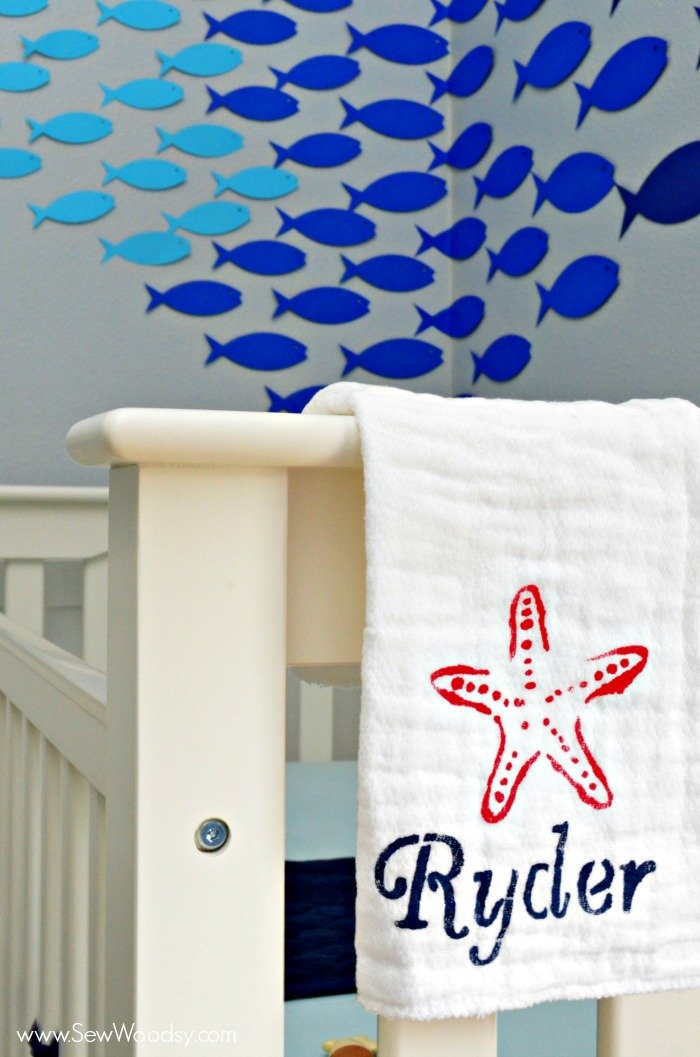 nautical burp cloth from @KatieJasiewicz #12MonthsOfMartha #MarthaStewartCrafts #Baby