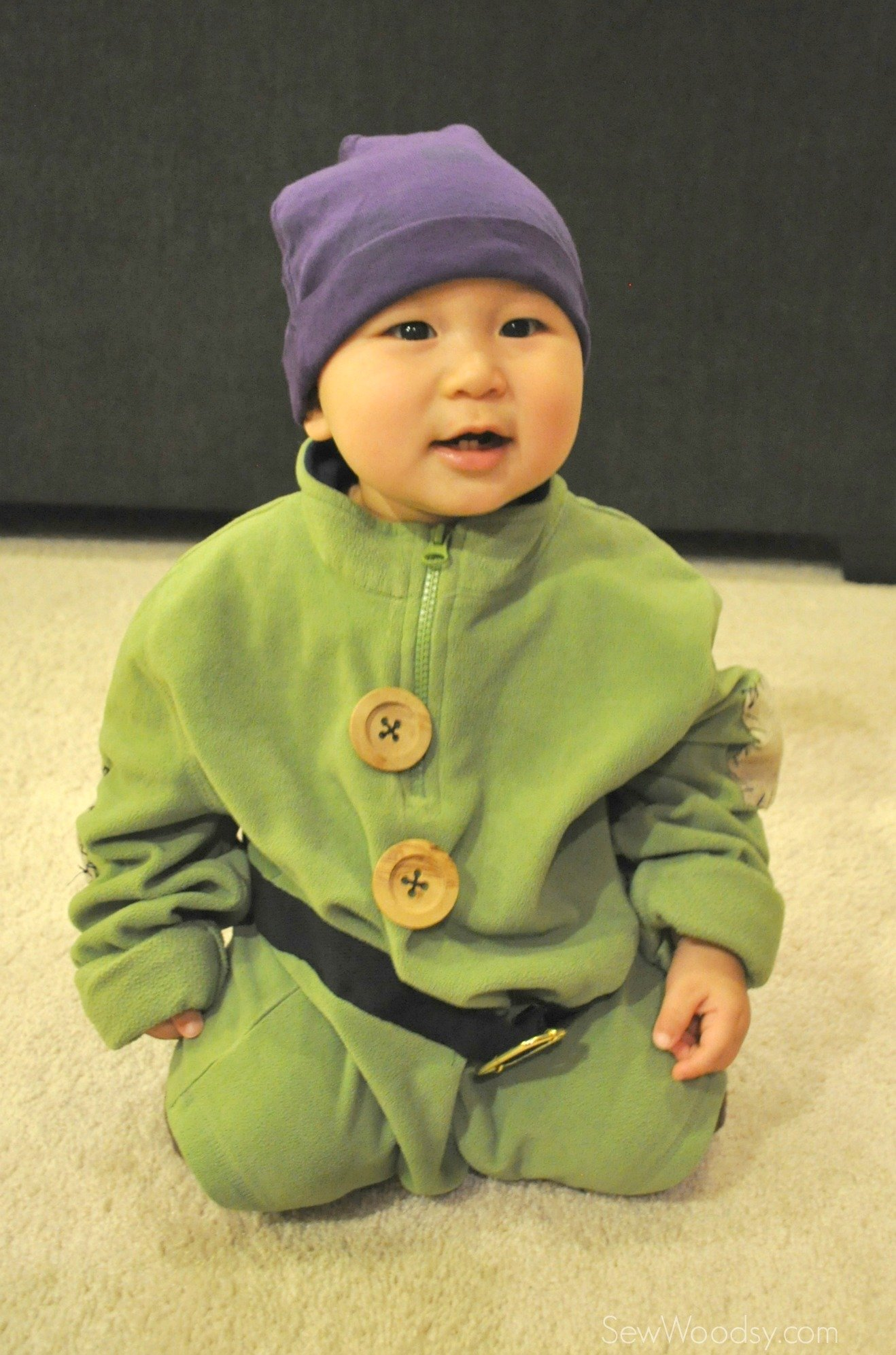 Easy diy costume dopey the dwarf sew woodsy easy diy costume dopey the dwarf solutioingenieria Image collections