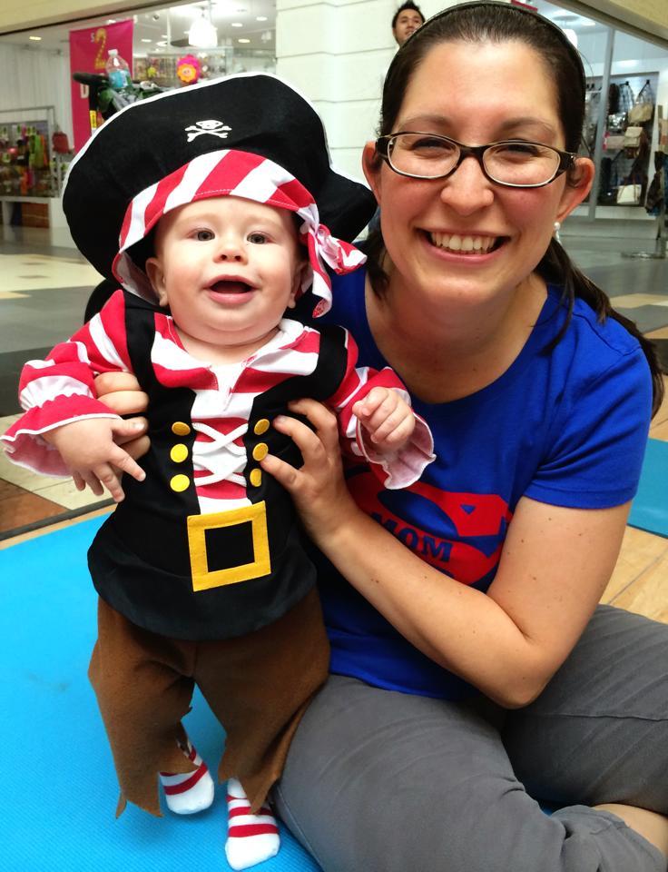 baby pirate costume iwth super mom