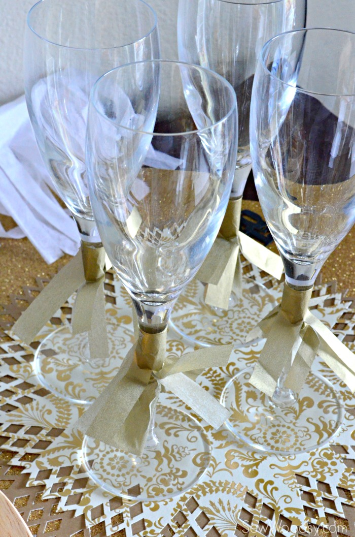 gold champagne glasses