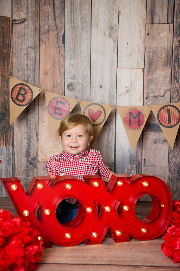toddler valentine photo