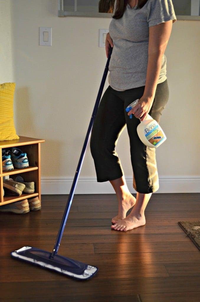 hardwood floor cleaning with bona® powerplus | sew woodsy