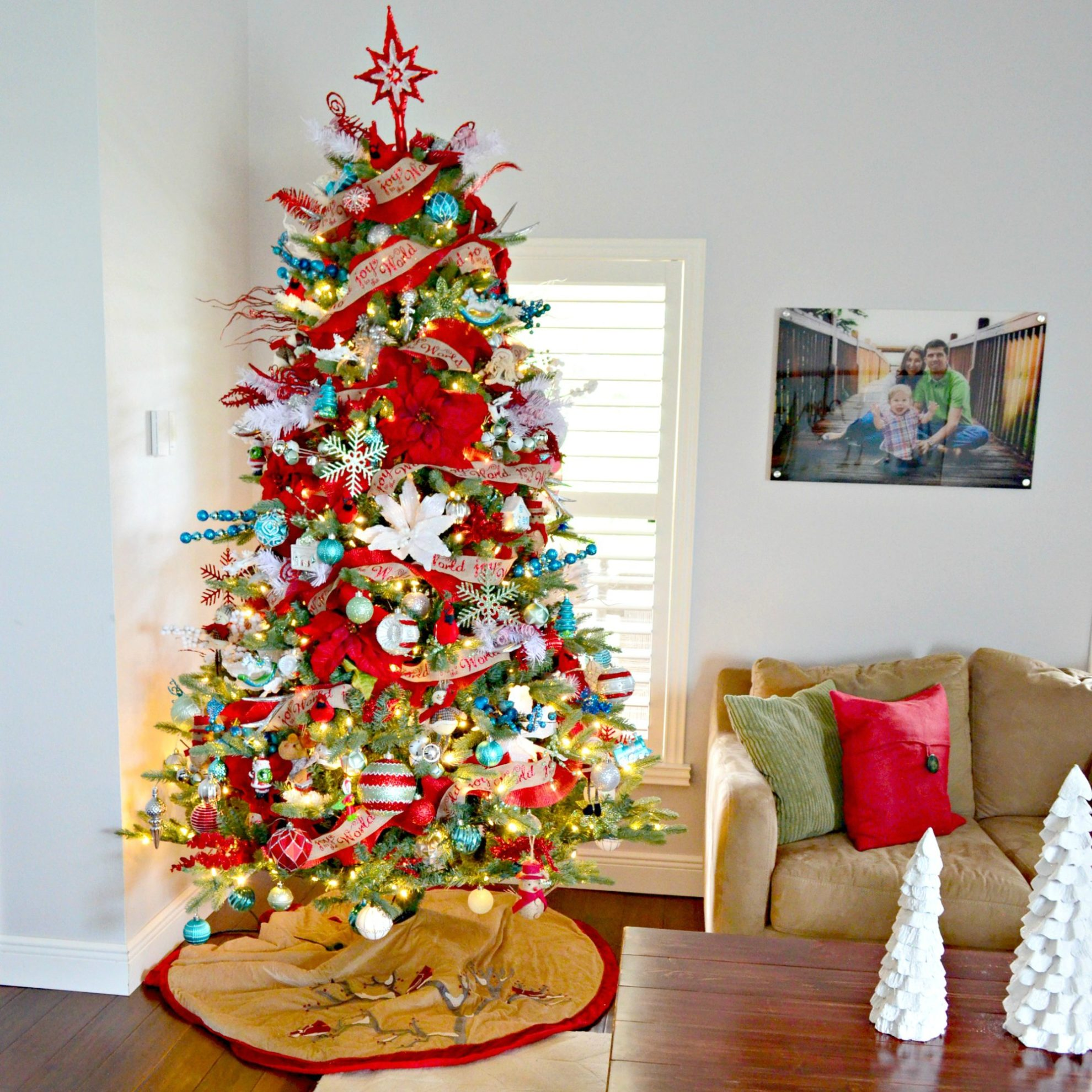 2017 Whimsical Christmas Tree - Sew Woodsy