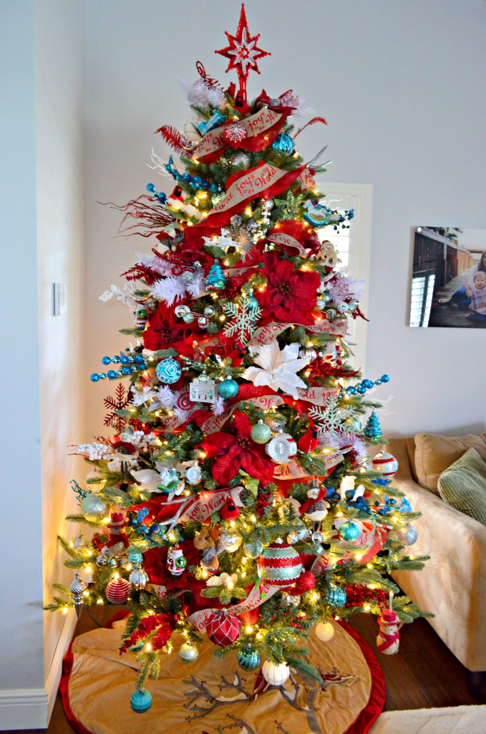 Whimsical Decorated Christmas Tree - Sew Woodsy