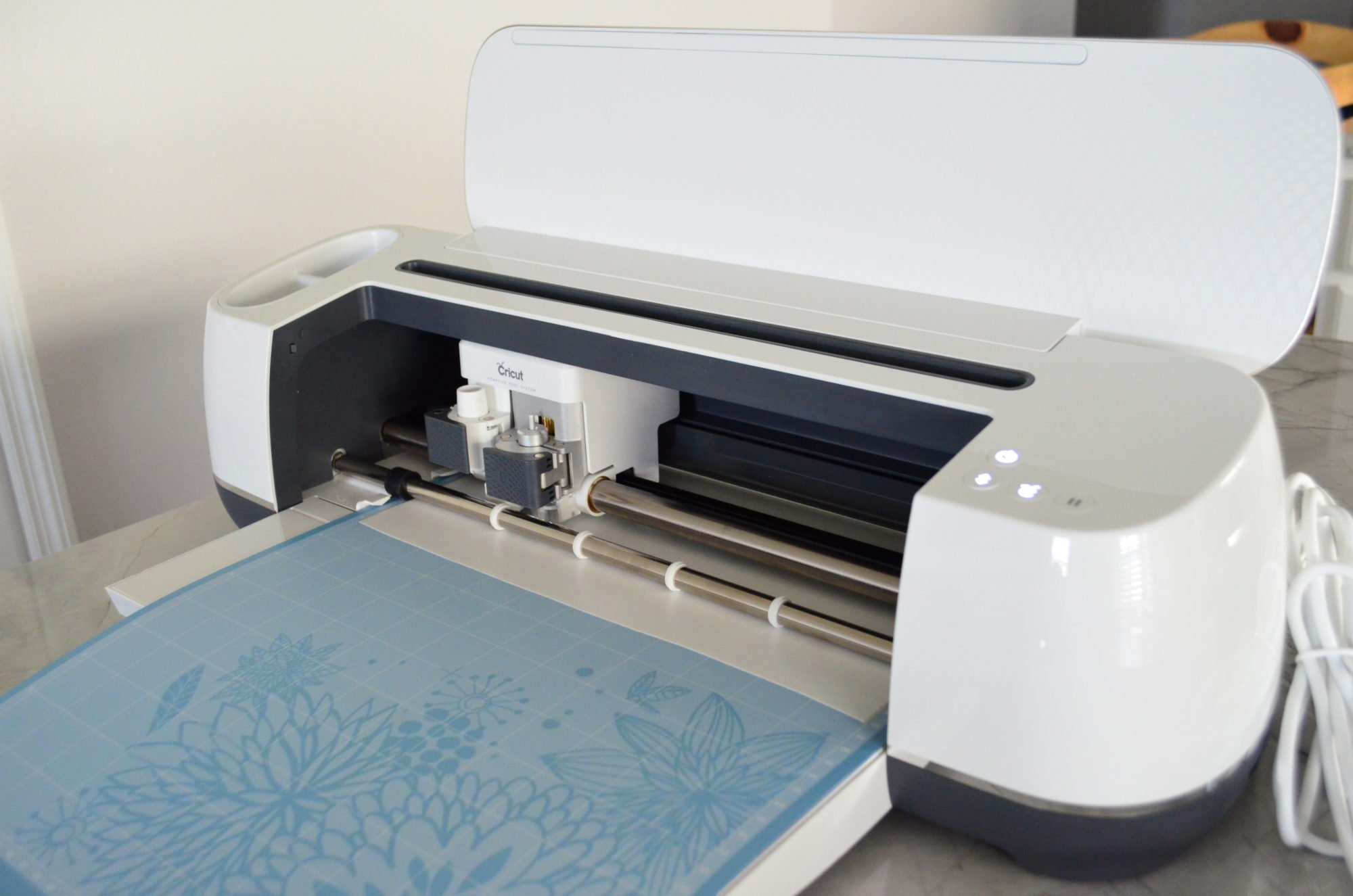Cricut Maker Cutting Vinyl