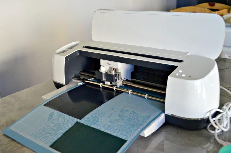 Cricut Maker cutting Iron On Vinyl
