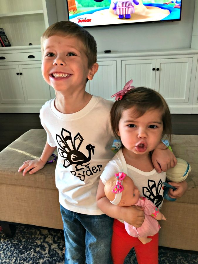 DIY Personalized Thanksgiving Turkey Shirts for Siblings