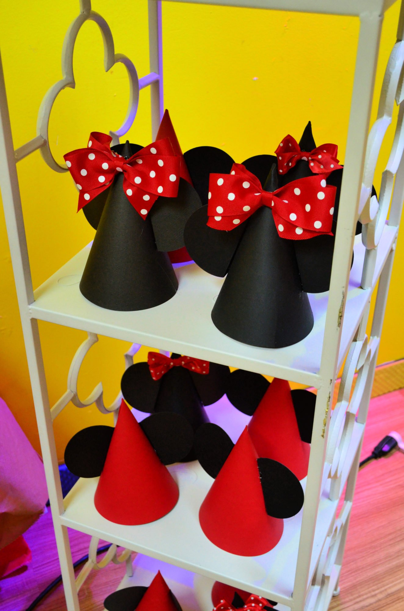 DIY Minnie and Mickey Mouse Party Hats